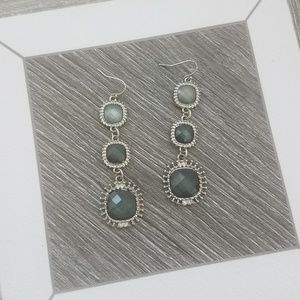 NWOT Silver Blue Gray Stone Hanging Earrings